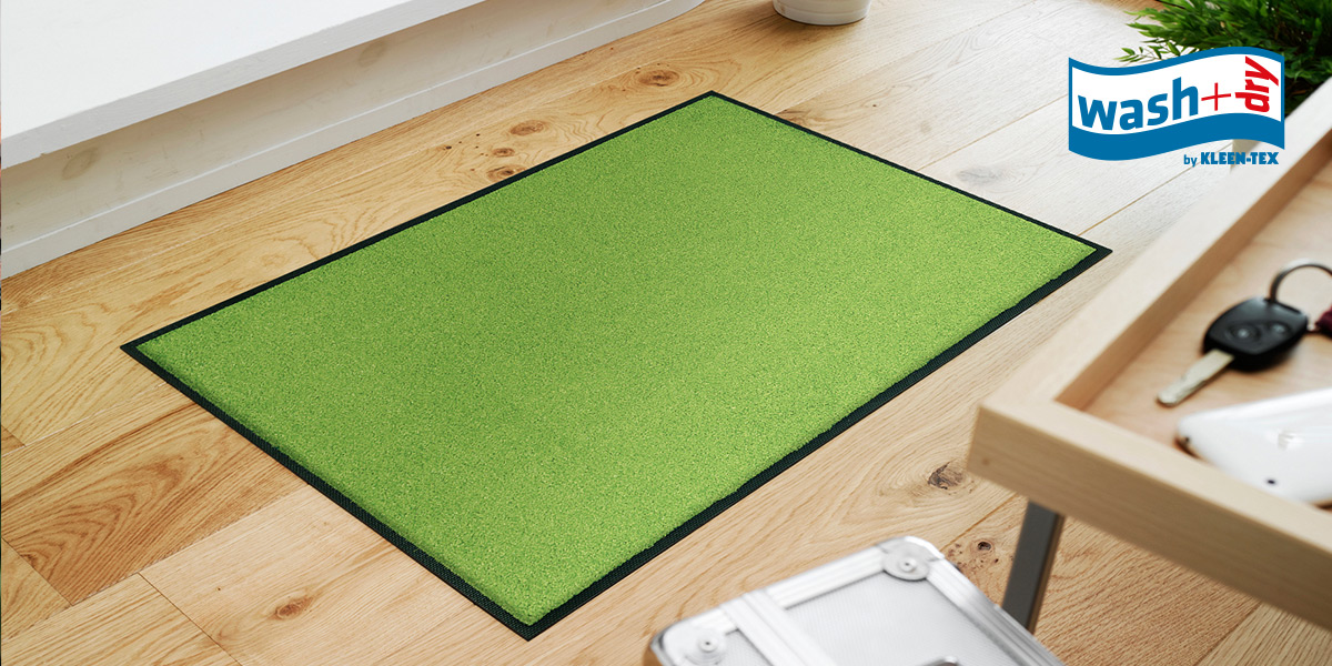 wash+dry Trend Colour mats in apple green in hallway